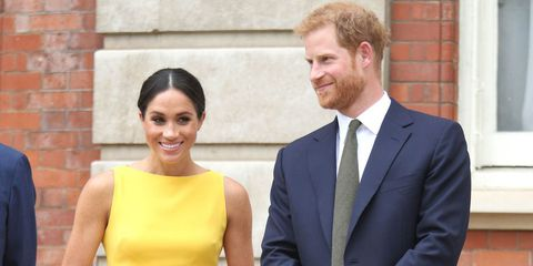 मेघन markle in brandon maxwell dress