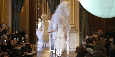 Thom Browne Printemps 2018 Semaine de la Mode à Paris – Piste de Licorne Thom Browne Printemps 2018